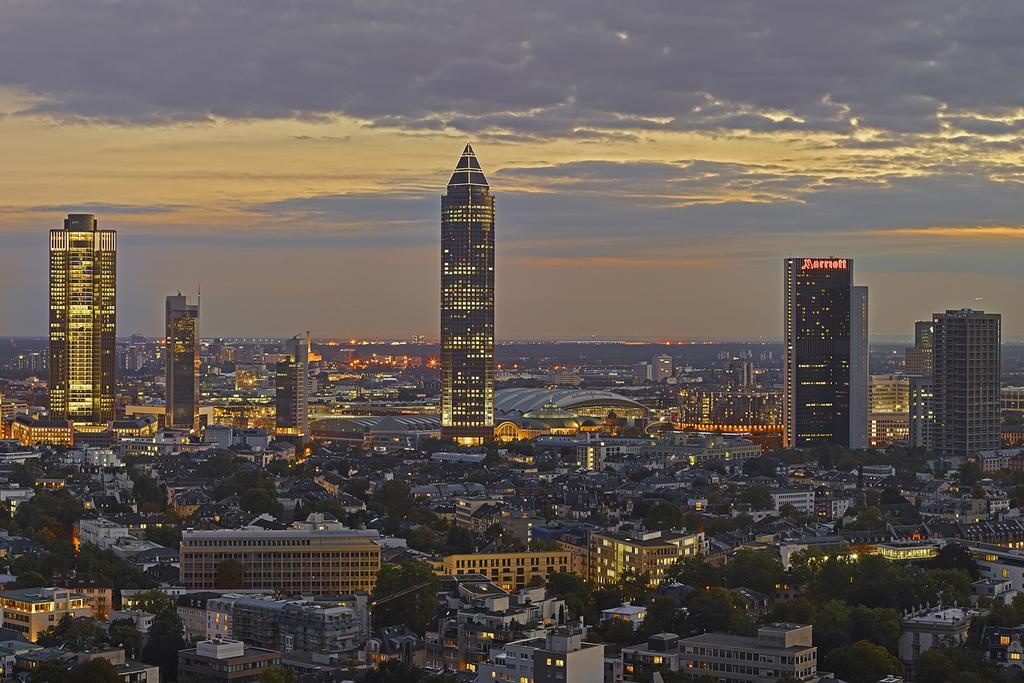 Frankfurt & Hessen - Alles-neu-Hotel für Ihren Urlaub 2021 ...